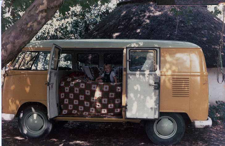 The Bread Bin - 1966 VW Kombi 1600